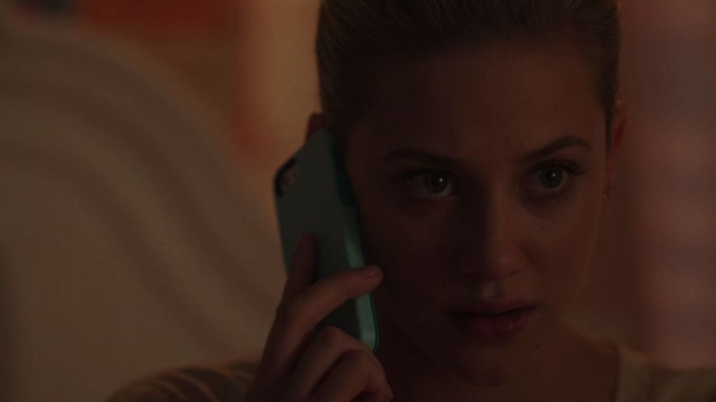 Betty talking to the Black Hood (CW / Riverdale)